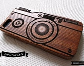 iPhone 5 Case . iPhone 5s Case . Natural Wood iPhone Case - Engraved Vintage Camera // Photography, Sapele Wood, Gift, Laser Engraving, Art