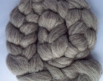 Grey Jacob Spinning Fiber, Roving, Top, 100g / 3.5oz, British Wool