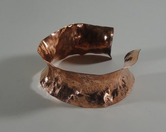 Artisan Copper Anticlast Cuff - Windows