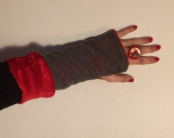 Grey and Red reversible mittens