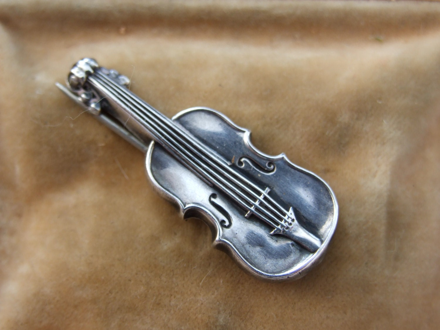 silver fiddle