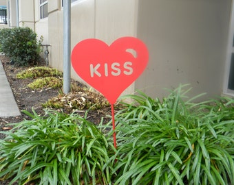 Kiss Heart Garden Stake