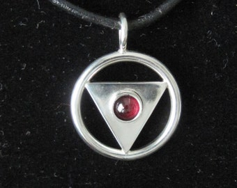Circle and Triangle Pendent beautifully crafted Sterling Silver 61a