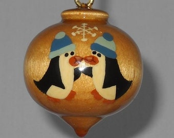 Wooden Christmas Ornament, Hand Painted Penguin Pair Wood Ornament, WBO-61