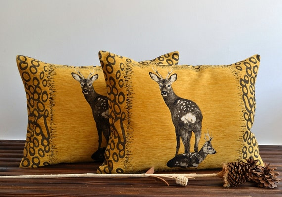 Decorative animal pillow cover embroidery