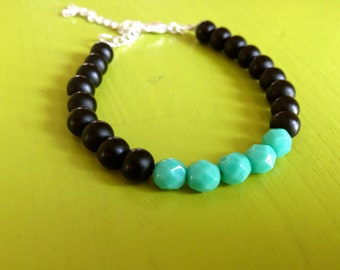 Color Block Teal and Black Beaded Bracelet