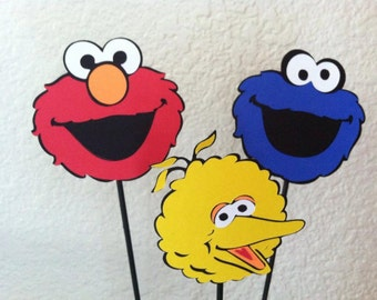 9 Medium Sesame Street elmo Centerpiece picks