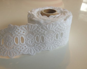 White lace ribbon 1.5 inches x 9 ft