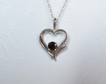 Sterling Silver Heart Pendant with 5mm Garnet P7