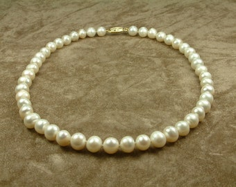 White Pearl Necklace 9 - 10 mm