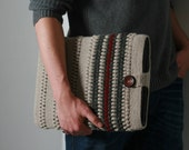 Laptop sleeve / laptop case with unique bubbly design in light grey