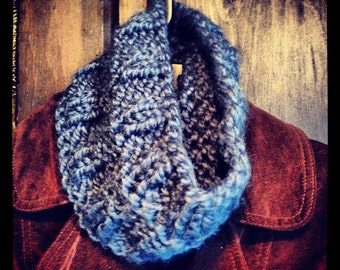 child's muffler (infinity scarf)
