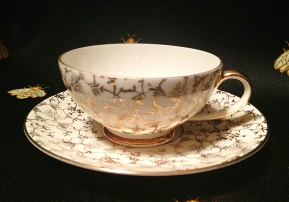 Items similar to 24K Gold Teacup and Saucer Set from  ~ Geschirr Johann Seltmann Vohenstrauss