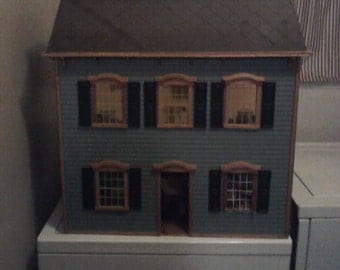 3'x3'x1' 3-story Colonial Doll-house w/furniture