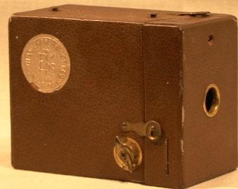 Vintage Kodak (1880-1930) 50th Anniversary Brownie 120 Box Film Camera