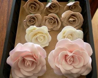 20 individual sugar rose blooms
