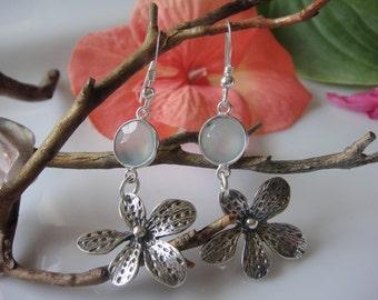 925 sterling silver earrings, gemstone earrings, jewelry, earrings, silver bezel set earrings, sea green chalcedony earrings,silver earrings