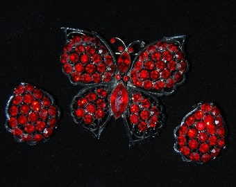 weiss brooch and earring set