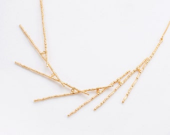 Dainty Gold Bridal Necklace, Unique and Delicate Layout