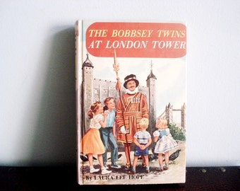 The Bobbsey Twins At London Tower by Laura Lee Hope - Vintage Book