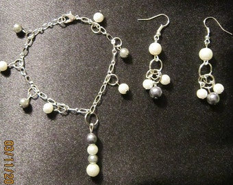 Silver & White Pearls Bracelet and Earring Set