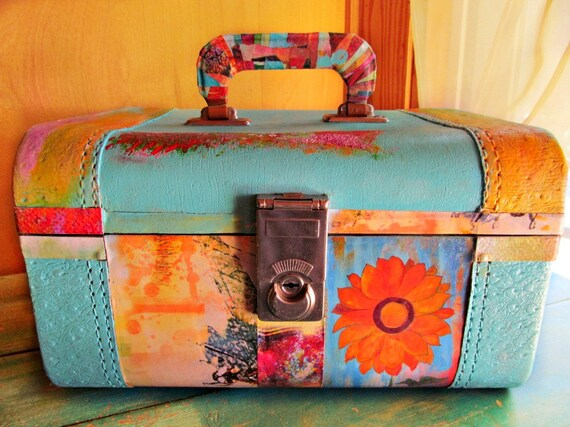 Items similar to Upcycled Vintage Train Case Recycled