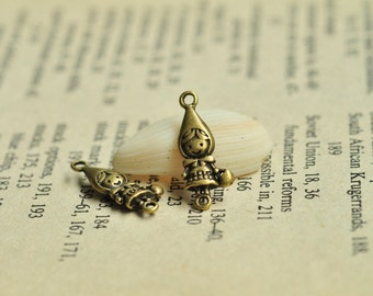 25pcs Antique Bronze Lovely Little Girl Charms with Bag 19x8mm MM124