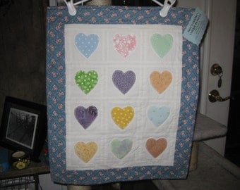 HEARTS and more hearts wall hanging