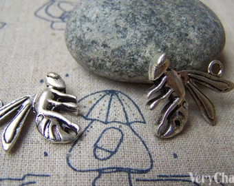 10 pcs of Antique Silver Wasp Bee Charms 19x23mm A1824