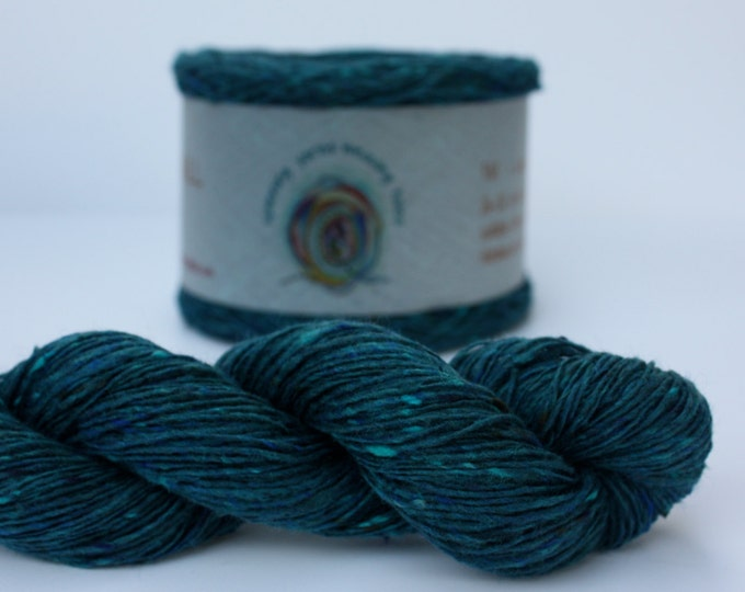 Spinning Yarns Weaving Tales - Tirchonaill 528 Peacock Teal 100% Merino for Knitting, Crochet, Warp & Weft
