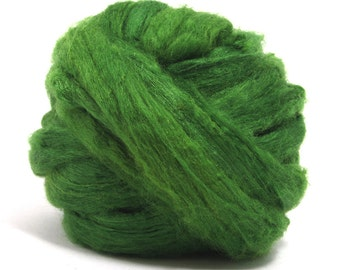 Grass Green Tussah Silk Top / Roving - 100g / 3.5oz