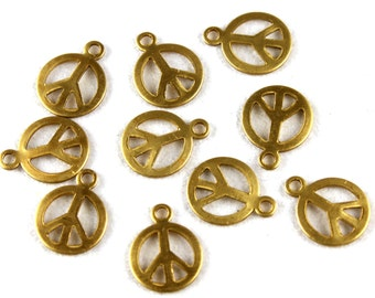 10x Vintage Brass Peace Sign Charms - M028