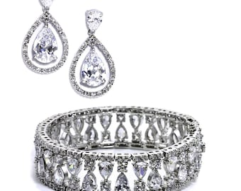 Elegant Cubic Zirconia Bridal Earring and Bracelet Set, Statement Bridal Jewelry Set, Bridesmaids Jewelry Set, Prom Jewelry Set