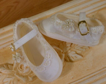 Baby Shoe 057 E 258 for Christening  wedding