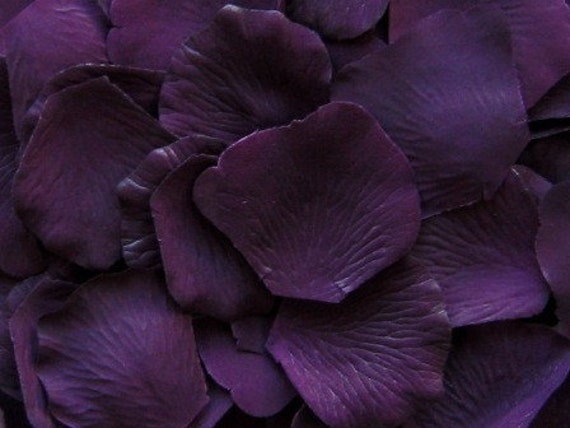 500 Silk Rose Petals Eggplant Purple By LittleThingsFavors