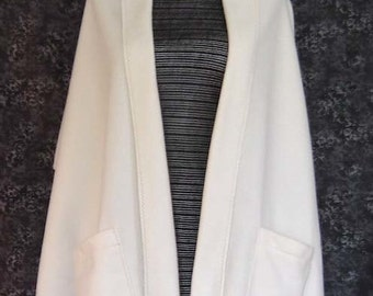 Fleece Reader's Shawl Wrap Ivory Solid 2 Patch Pockets 4 Colors Topstitching Misses Onesize Handmade