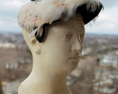 Vintage Hat in Navy Blue, Peach and Cream - Feathers and Velvet - French Millinery - 1960s