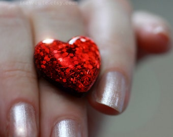 Girls Jewelry, red glitter heart ring, resin ring adjustable size, gift for her, sparkly resin jewelry, red heart ring handcrafted, isewcute