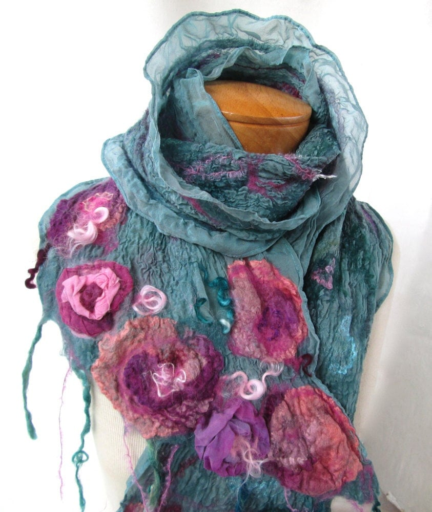 Nuno felt scarf in teal with pink roses
