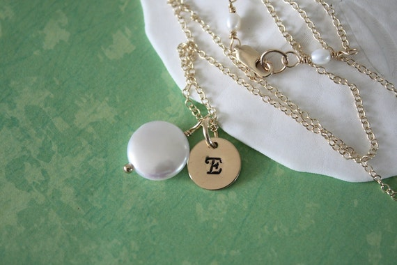 Gold Personalized Necklace, Pearl and Initial Gift, Mother Necklace, Friend Gift, Monogram Necklace