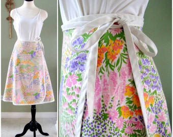 Vintage Floral Wrap Skirt,  1970s Reversible Cotton Floral Wrap Skirt, Spring Floral Print Skirt  with Tie Closure Size S