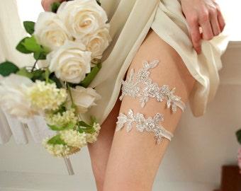 Silver garter, wedding garter set, bridal keepsake, wedding gift, tossing - style 417