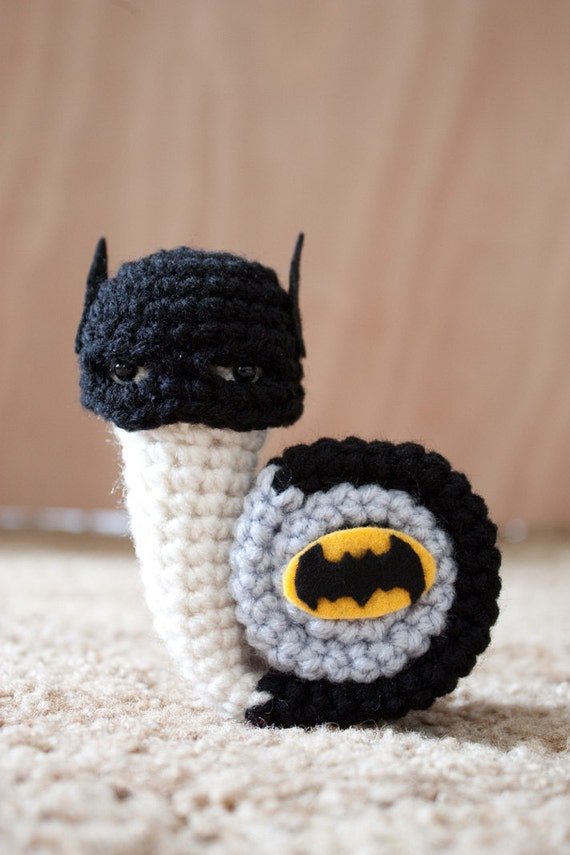 Snail Avengers Amigurumi : Superhero snails Batsnail crochet amigurumi