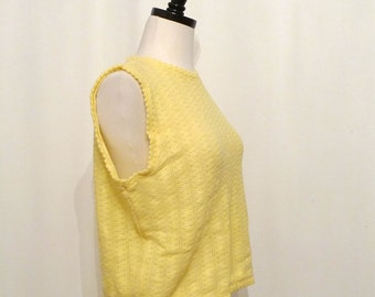 Betty or Veronica Yellow Sleeveless Sweater Vest Hippy Hippie Non-Wool Knit Cropped Top Vintage 60s Boho Chic Summer Street Fashion sale