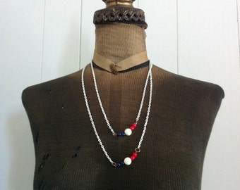 Vintage  Metal Patriotic Necklace  Red White and Blue Beads