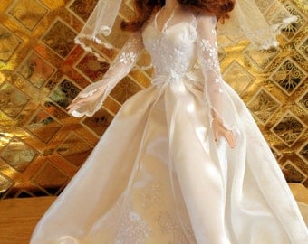 Fashion Doll Kate Middleton Style Handmade Wedding Dress
