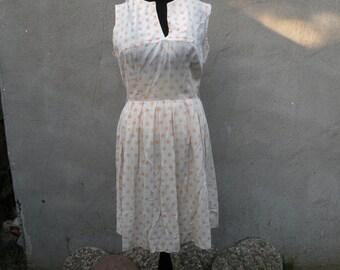 1950s/60s Vintage Cream and Orange Day Dress (Large)