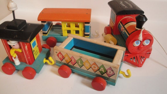 Vintage fisher price huffy puffy train 1963 complete with all for Chaise 4 en 1 fisher price
