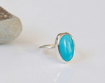 Sleeping Beauty turquoise ring, sterling silver gemstone ring. Size 6 ring.