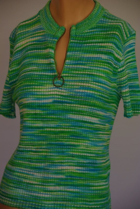 Cute green and blue 1970s short sleeve summer knit top